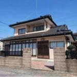 大平町富田の中古住宅